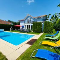 Leon's Holiday Homes Villa 1