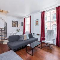 Modern duplex apartment in the heart of Covent Garden in Central London