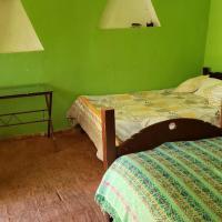 Las bromelias, hotel in Carhuaz