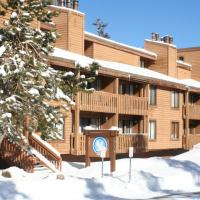 One Bedrooms At Snowbird Condos Slopeside - Free Wifi & Assigned Parking!