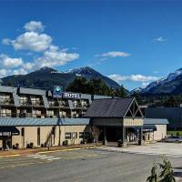 Sea to Sky Hotel and Conference Centre, hotel in Squamish
