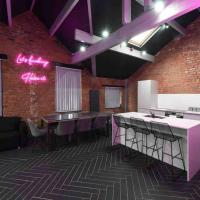 Casa Nomade Penthouse slps 20 people Mcr centre