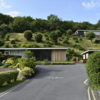 Cosy, Modern Chalet Caswell, Gower Peninsula
