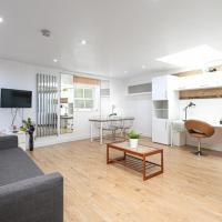 Skyvillion Apartment by London's King Cross