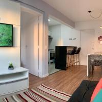 707 - Apartamento 1 quarto, todo decorado e com utensilios de cozinha em excelente localização no Bigorrilho