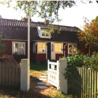 House for 7-10 central in Sandhamn, access to dock, hotel in Sandhamn