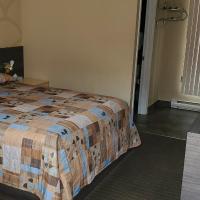 Le Falcon Brossard, hotel em Brossard