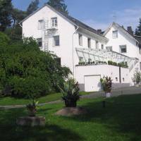 Hotel Ambiente, hótel í Hof