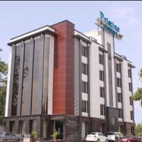 Hotel Pristine Residency, hotel near Sardar Vallabhbhai Patel International Airport - AMD, Ahmedabad