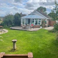 2 Bed Bungalow in Winchcombe, Cotswolds,Gloucester