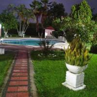 Remarkable 7-Bed Villa in Toro