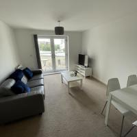 Modern 2-Bed Apartment in the heart of Salford Quays