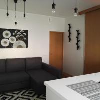 Loft Varnik Relax, hotel in Elektrėnai