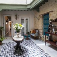 Casa Portus Gaditanus s XVIII Patio y Terraza