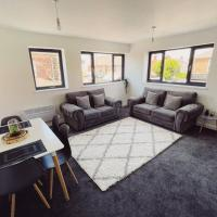 New Build 2Bed, Sleeps 5, Close to Centre, Parking