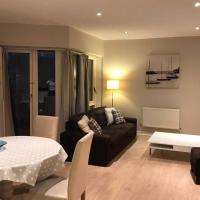 2 Bedroom Spacious and New City Centre Apartment