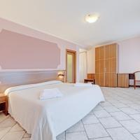 Hotel Grotto Bagat, hotel in Lavena Ponte Tresa
