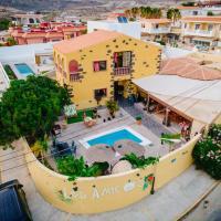 Los Amigos Hostel Tenerife, hotel in zona Aeroporto di Tenerife Sur - TFS, La Mareta