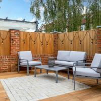 GuestReady - Unique Home near Wimbledon with Gorgeous Deck and Parking