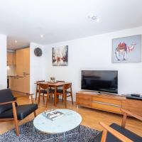 Modern 2 bed BroomPark/Central apt. with Parking