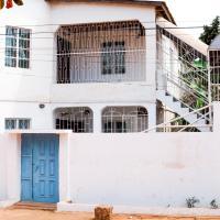 Ya Aluga Apartment - Serekunda, hotel in Serekunda