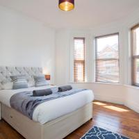 Alma Apt - 2 Bedrooms - Lovely Garden and Free Parking