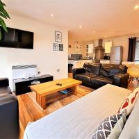SideMersey Livings - Central Stay In 2 Bedroom Apartment with Parking