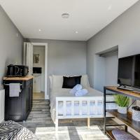Shoreham-by-Sea Modern Studio