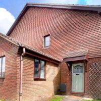 NEW - Wokingham - Immaculate 2bed house