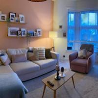 Lovely 2-bedroomed Victorian apartment