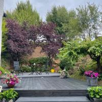 Garden flat Loch Lomond