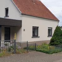 Ferienhaus Am Heidebad, hotel di Schmelz