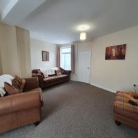 2 Bed house, Contractors & Holiday Guests Welcomed
