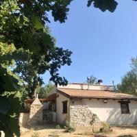 Ovostolai Cottage