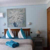 Appartement Stade Aime Giral, hotel near Perpignan - Rivesaltes Airport - PGF, Perpignan