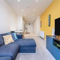 Contemporary 3 Bed Apartment in Hendon Central.