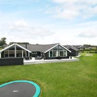 Five-Bedroom Holiday home in Faaborg 2, hotel in Bøjden