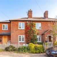 Cosy and Modern English Cottage in Maidenhead