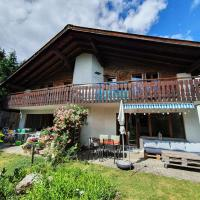Half chalet with garden & balcony - 4' to the lake