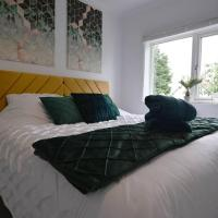 New Furnished 3 bed House - Heart of Peterborough