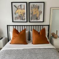 Bright Bedroom- YYZ, Humber College, EGH, Quiet, hotel em Toronto