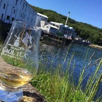 15 Distillery House Islay