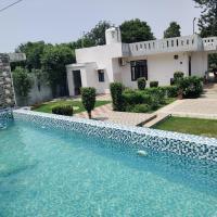 Farm Stay By GoBravo Hotels, hotel near Delhi International Airport - DEL, New Delhi