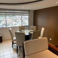 Departamento, dos habitaciones, dos baños, hotel em Quito