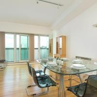 3BED PENTHOUSE NEAR LONDON CITY AIRPORT, O2 ARENA, LONDON EXCEL CENTRE with PARKING