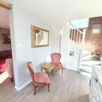 Luxury Victorian Home Slough, easy West London access