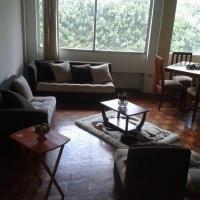 Amplio departamento Duplex, hotel em Quito