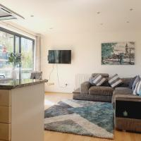 Luxury Canary Wharf apartment with free parking