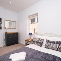 Pass the Keys Centrally located 3 bed Townhouse with garden