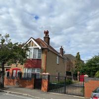 Daring Heights, A Cosy Detached Edwardian Property